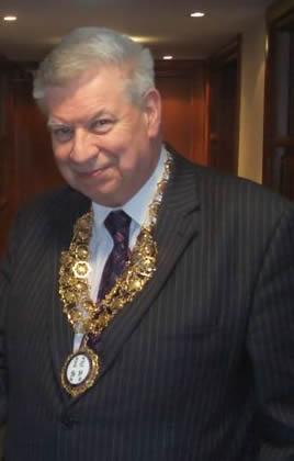 Dr Paul Lambden